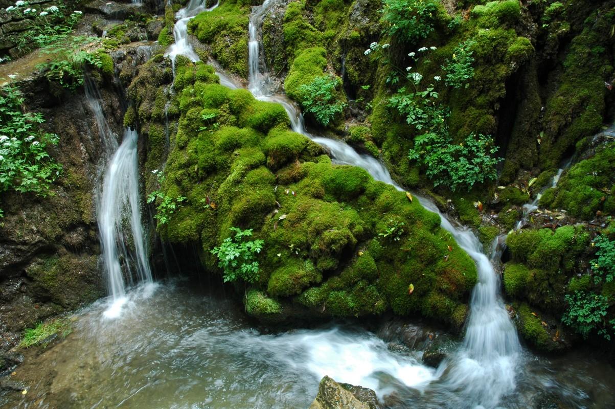 Cral baxi cascate di varone funicolare monte baldo 20 for Cabine del parco statale di hammonasset