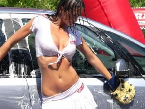 lavare_auto_autolavaggio