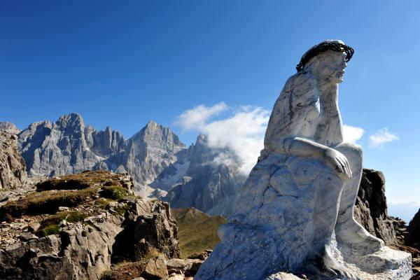 Trekking-del-Cristo-Pensante-Passo-Rolle-Pale-San-Martino-Foto-19